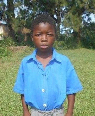 Meet Banele - His birthday is June 14th, 2012, he loves playing soccer and hopes to become a nurse one day. Click Banele's picture to sponsor him!