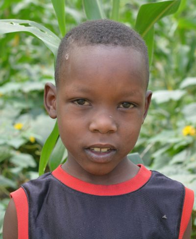 Click Sarara's picture to sponsor him - He is 7 years old, loves flowers and wants to be a doctor one day!