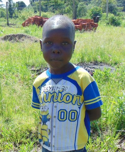 Meet Bryton - He is 7 years old, he loves art and hopes to become a caterer one day. Click Bryton's picture to sponsor him!