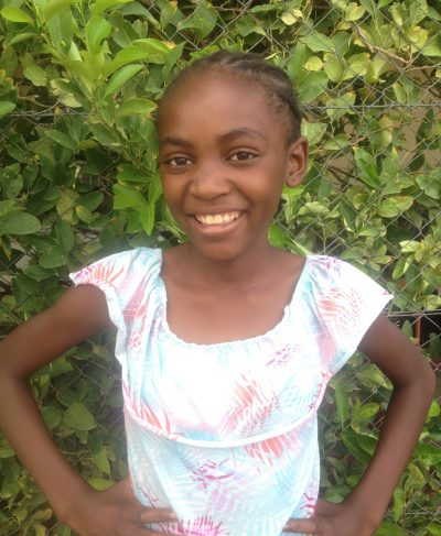 Click Lydia's picture to sponsor her - She is 13 years old, loves to play games and hopes to become a doctor one day.