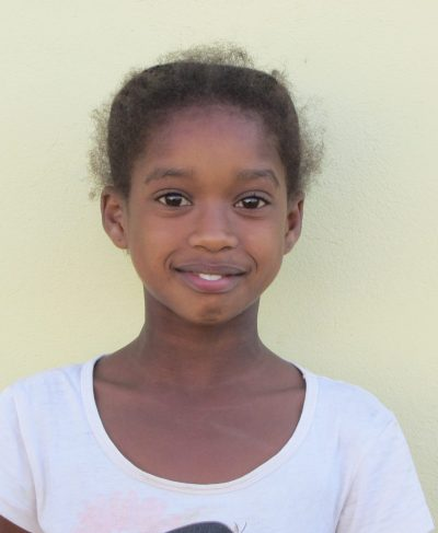 Click Keyougane's picture to sponsor her - She is 8 years old, loves to study English and wants to be a singer!