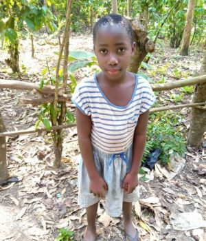 Click Grace's picture to sponsor her - She is 7 years old, loves studying and hopes to become a teacher.