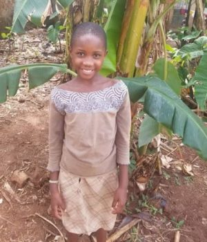 Click Lydia's picture to sponsor her - She is 10 years old, loves making friends and wants to be a lawyer.