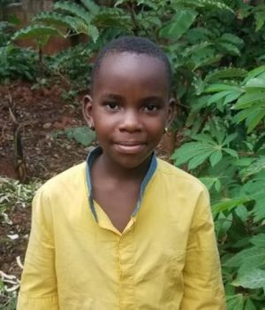 Click Christine's picture to sponsor her - She is 10 years old, loves making friends and wants to be a doctor.