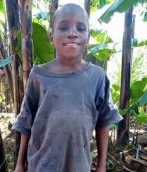 Click Emmanuel's picture to sponsor him - He is 9 years old, loves making friends and wants to be a doctor.