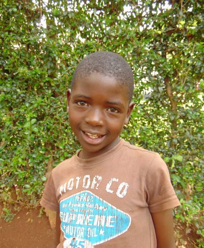 Click Trizer's picture to sponsor her - She is 9 years old, loves learning and wants to be a doctor.