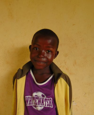 Click Joan's picture to sponsor her - She is 10 years old, loves playing and wants to be a doctor.