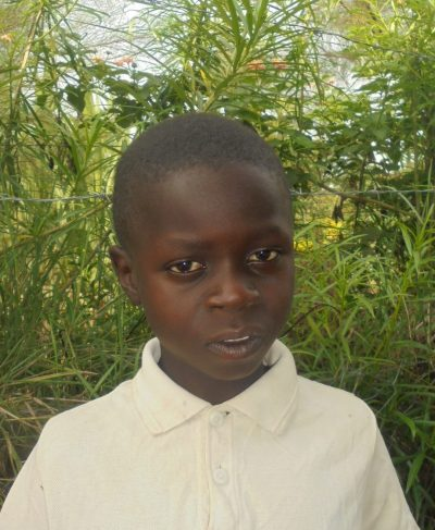 Click Lenocks's picture to sponsor him - He is 9 years old, loves school, and wants to be a pilot.