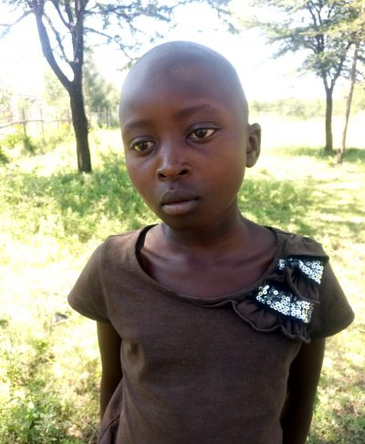 Click Anne's picture to sponsor her - She is 10 years old, loves school, and wants to be a lawyer.