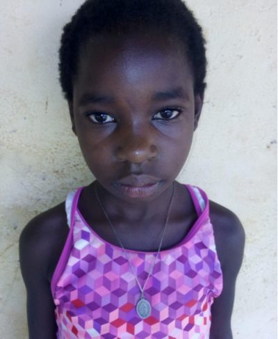 Click Ashley's picture to sponsor her - She is 10 years old, loves hockey, and wants to be a lecturer.