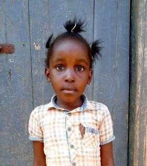Click Shifrah's picture to sponsor her - She is 6 years old, loves playing, and wants to be a doctor.
