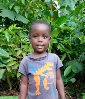Click Hellen's picture to sponsor her - She is 5 years old, loves playing, and wants to be a teacher.