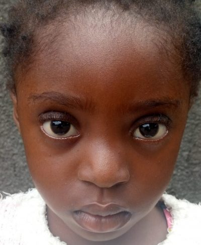 Click Dorsa's picture to sponsor her - She is 4 years old, loves to play, and wants to be a doctor.